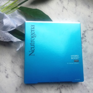 Neutrogena Hydro Boost Mask – Review! - The Black and White Guide